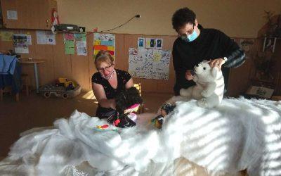 Predstava za otroke pri Medvedkih